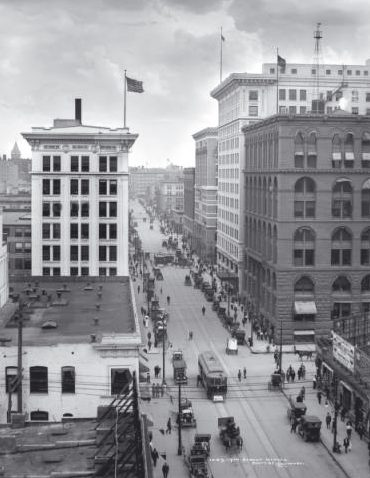 Historic photo of the Vault Building in Denver, CO